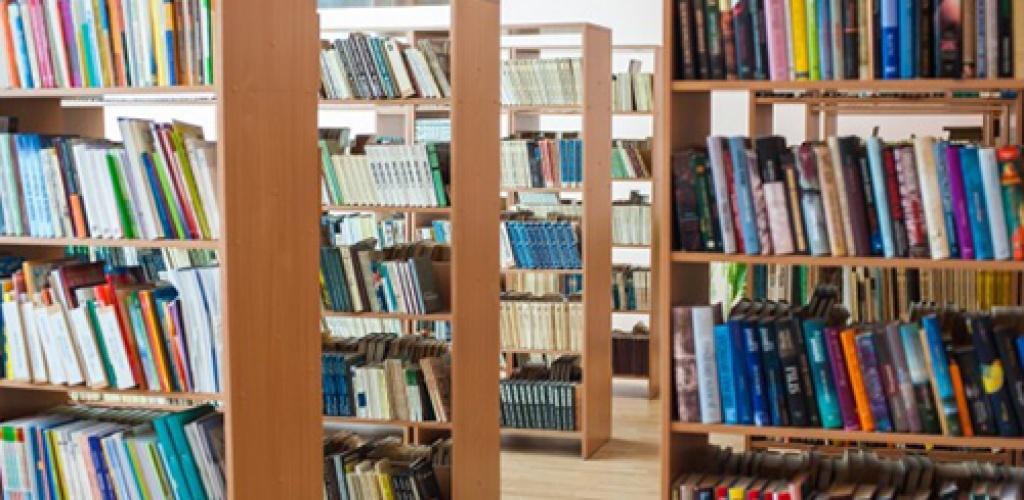 Abiturientams šiemet nereikės laikyti lietuvių kalbos ir literatūros įskaitos